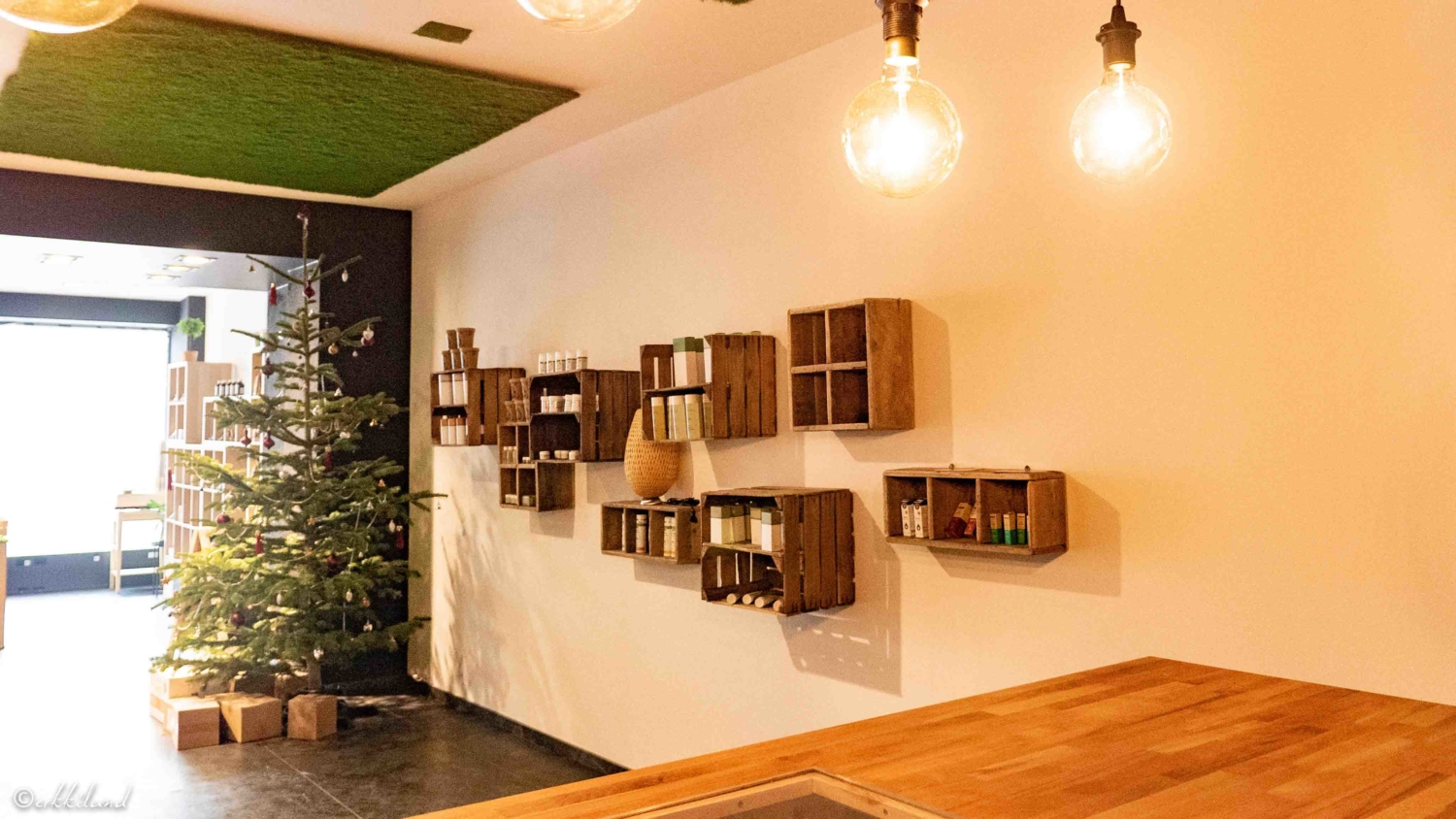 Mavelos Luxembourg Luxembuurg CBD Hemp Shop interior